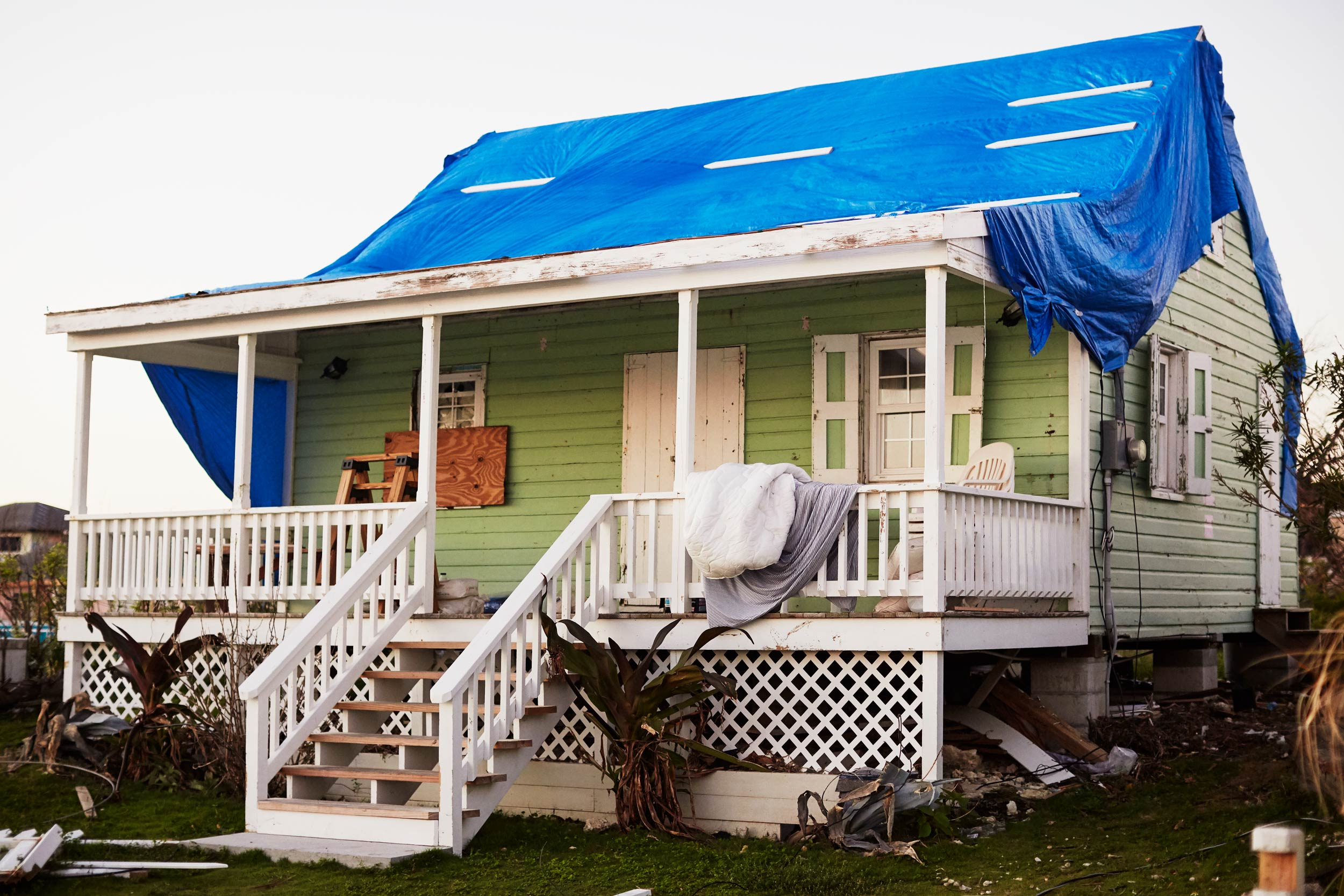 15-H911-BAHAMAS-HOUSE-DESTROYED-2